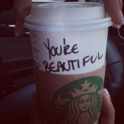 Café Starbucks personnalisé